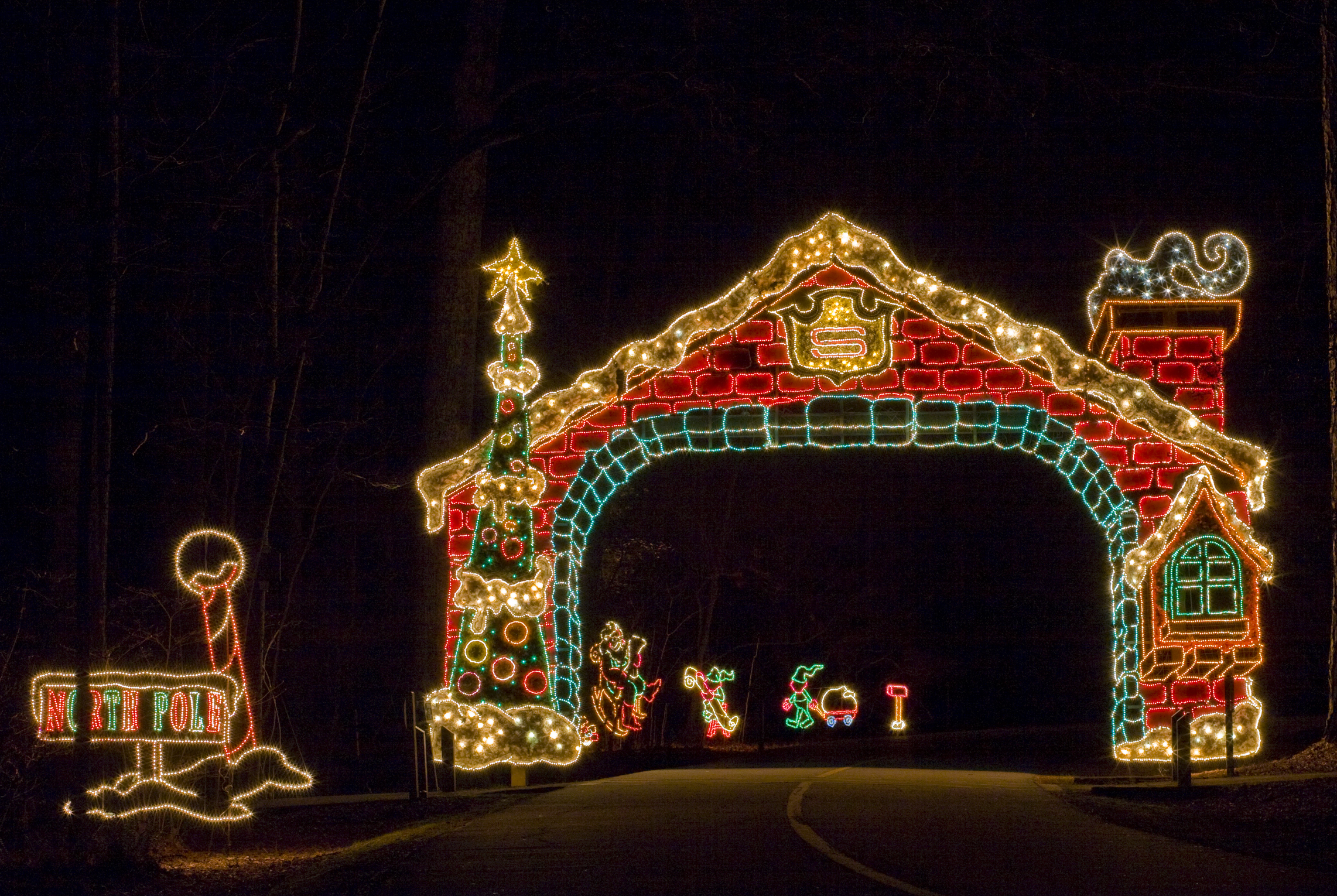 Montgomery Zoo Christmas Lights - pueblosinfronteras.us