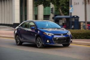 2014_Toyota_Corolla_S_002_52179_2524_low