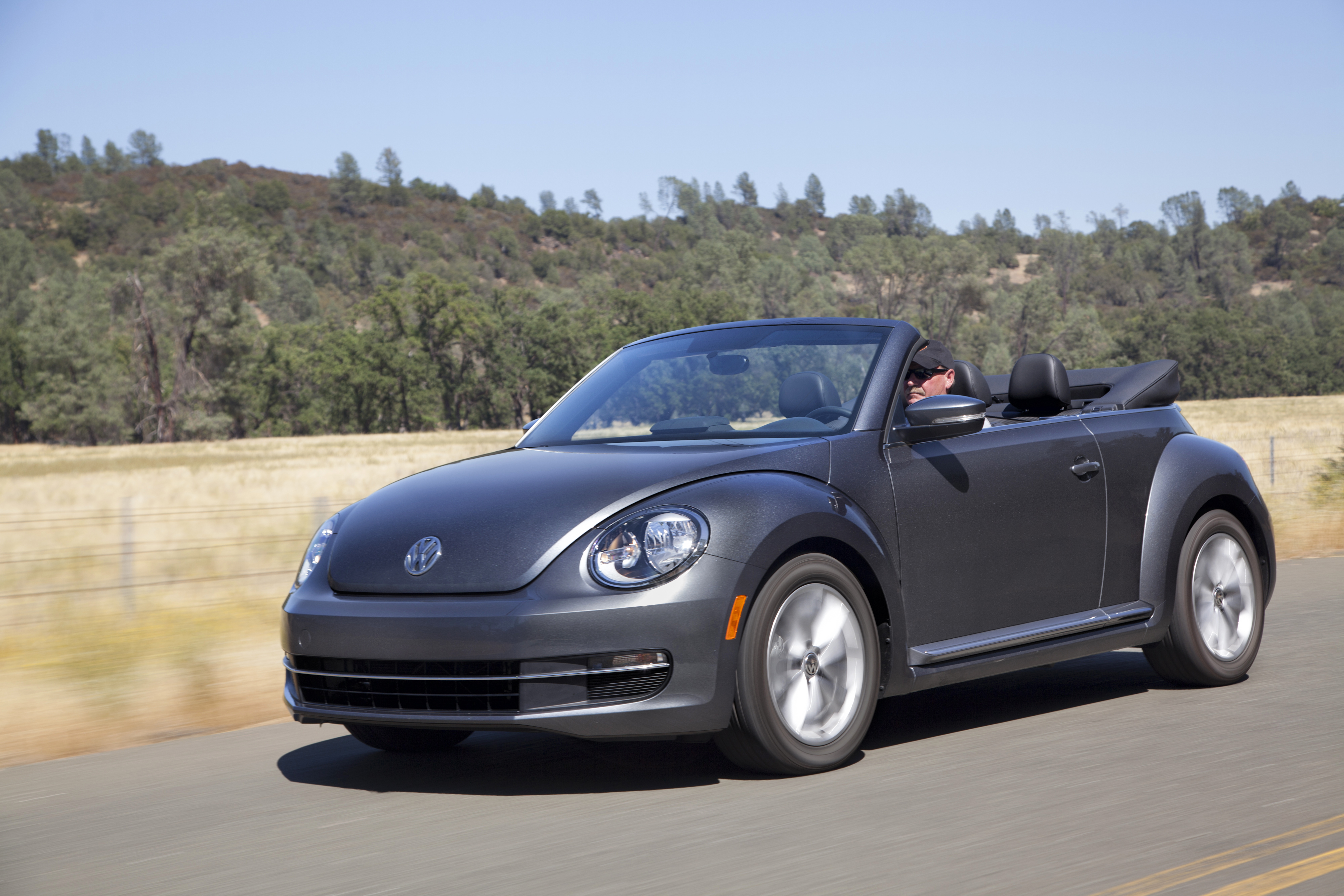 volkswagen beetle throwing it back to the good ole days the travel voice by becky. Black Bedroom Furniture Sets. Home Design Ideas